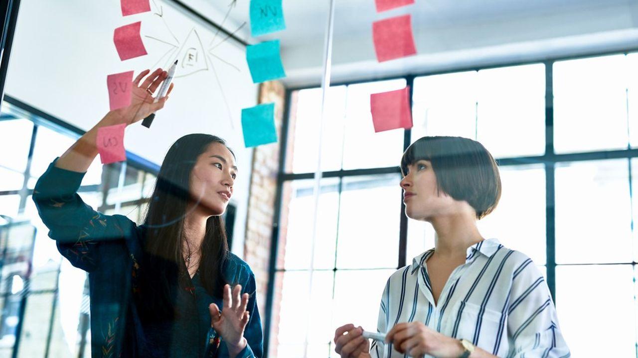 Les créateurs d'entreprise eux, intègrent les nouveaux modèles dès la construction de leurs business models.