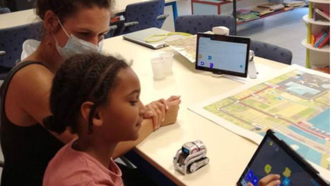 Plus de 5.000 enfants ont déjà profité des ateliers chez les neurospécialistes partenaires de Crocos Go Capital et dans 35 écoles associées.