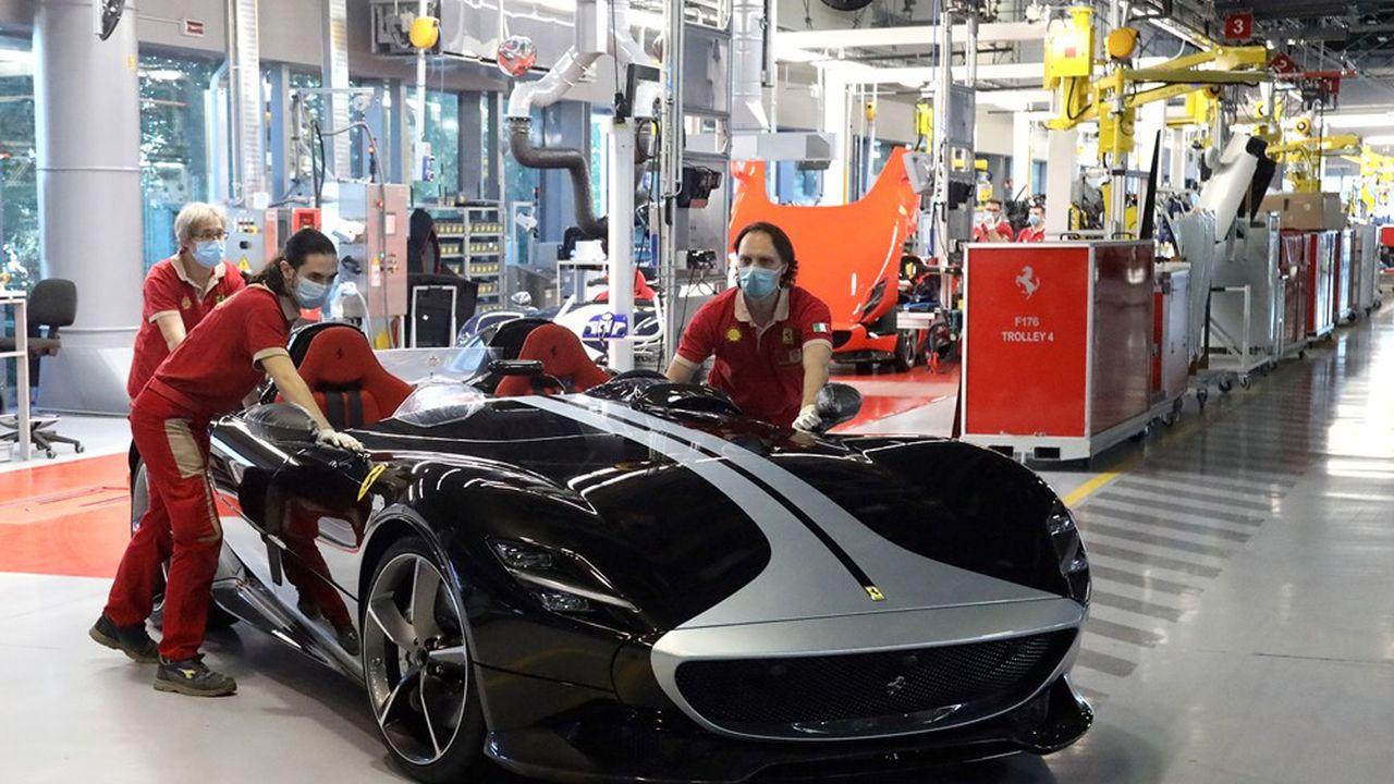 Le résultat net annuel de Ferrari, en baisse de 13%, atteint tout de même 609millions d'euros.