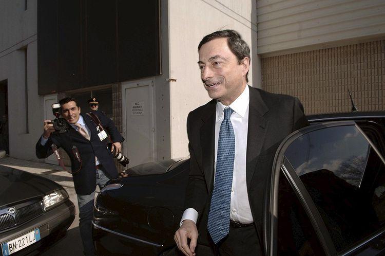 Mars 2006, première sortie officielle du nouveau gouverneur de la Banque d'Italie, Mario Draghi, nommé en janvier de la même année.