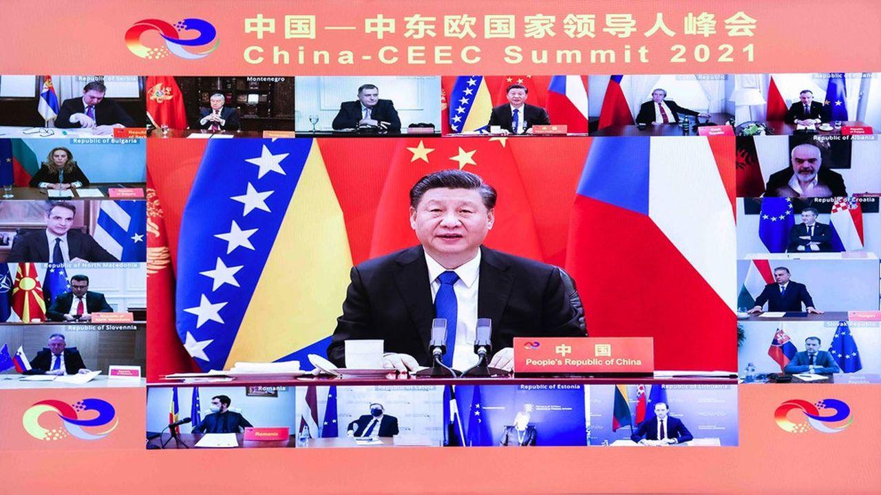 Une capture d'écran de la vidéoconférence qui a réuni, mardi, le président chinois Xi Jinping et des représentants des 17 pays.