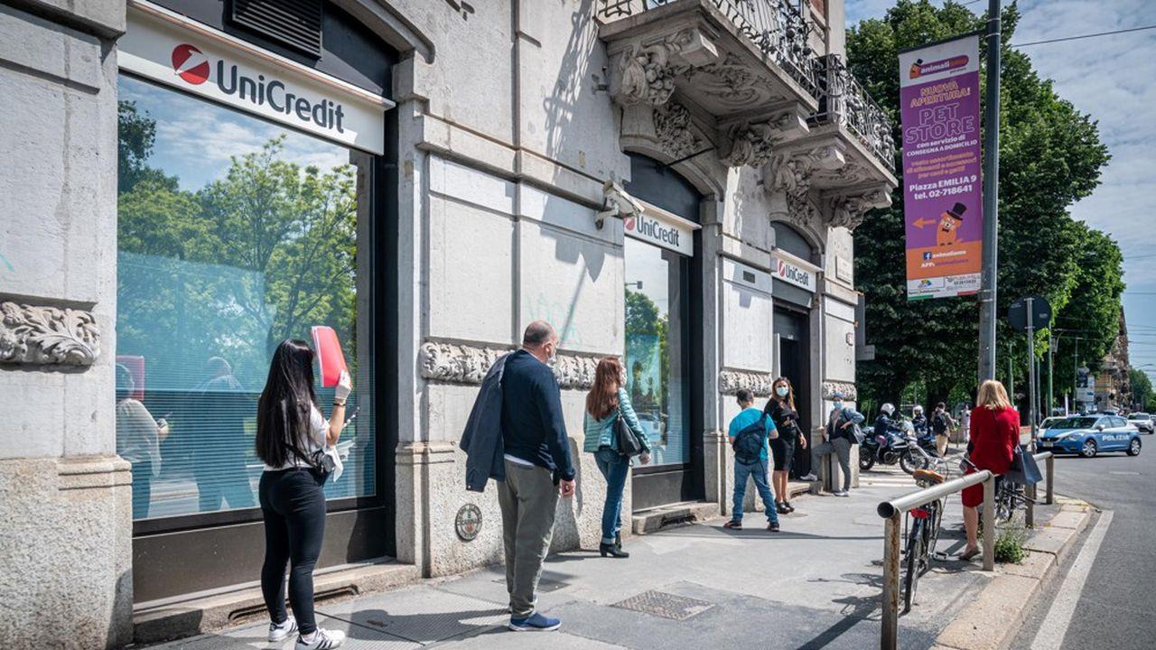 Nel quarto trimestre la perdita ha raggiunto 1,17 miliardi di euro.