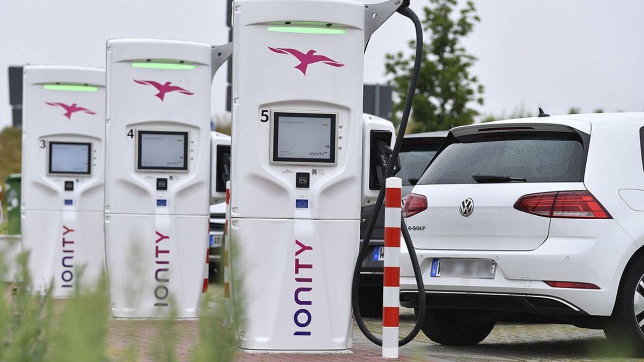 On ne compte aujourd'hui que 225.000 bornes publiques de recharge en Europe.