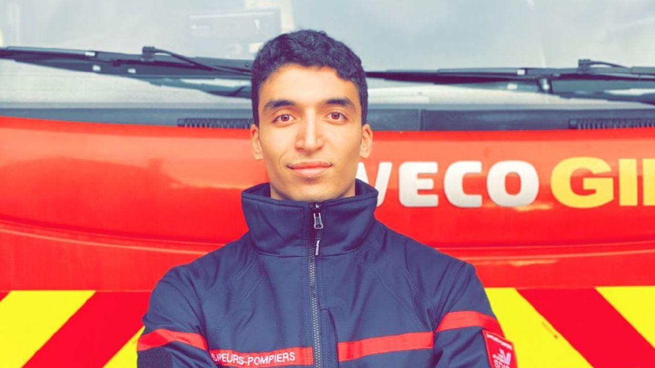 Youssef El Abdi est étudiant en école de commerce et pompier volontaire.