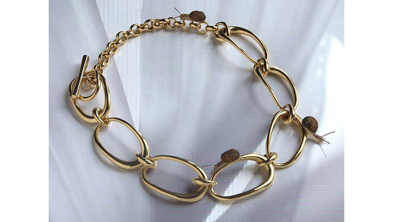 Le collier chaine Turtle en vermeil de Charlotte Chesnais.
