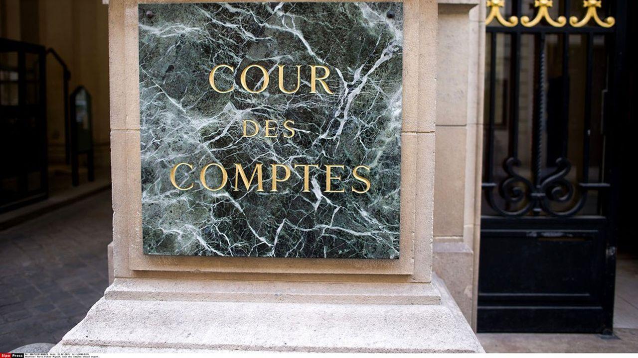 La Cour de discipline budgétaire et financière (Cour des comptes) a entendu les plaidoiries concernant un système de rémunérations supplémentaires à la Caisse des Dépôts.