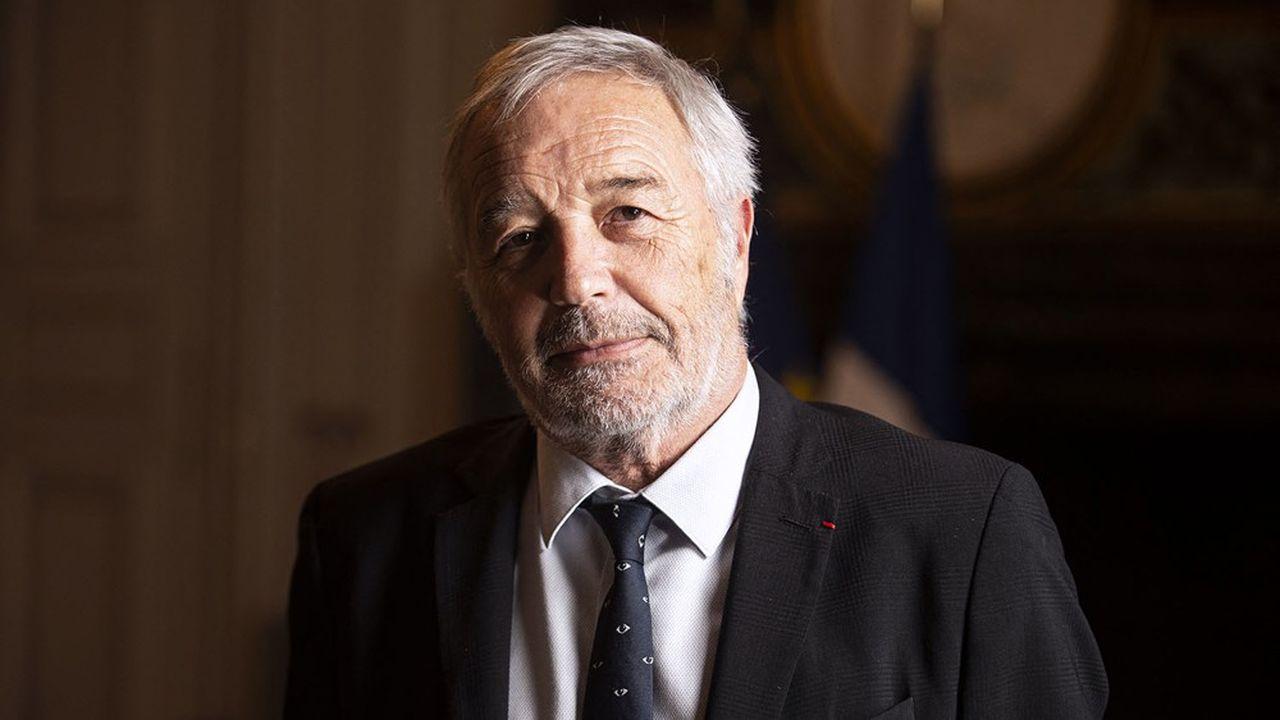 François Rebsamen, ancien ministre, est maire (PS) de Dijon et président de Dijon Métropole.