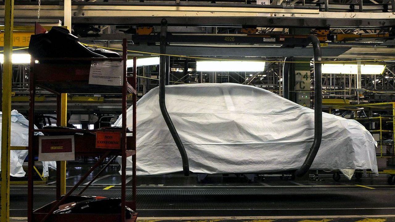 La pénurie de semi-conducteurs plonge dans le flou le site de Sochaux de Stellantis (ex-PSA), qui a déjà dû suspendre sa production à plusieurs reprises.