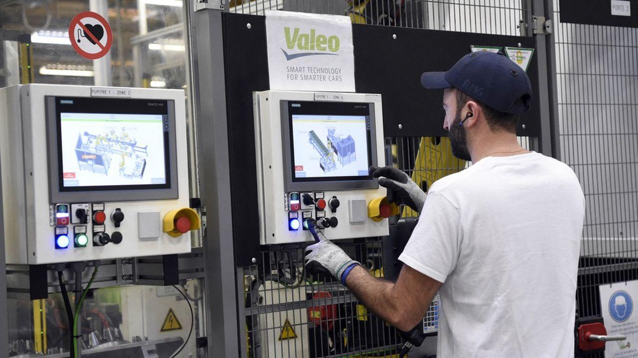 Valeo a supprimé 12.000 emplois dans le monde au premier semestre, dont 2.000 en France.