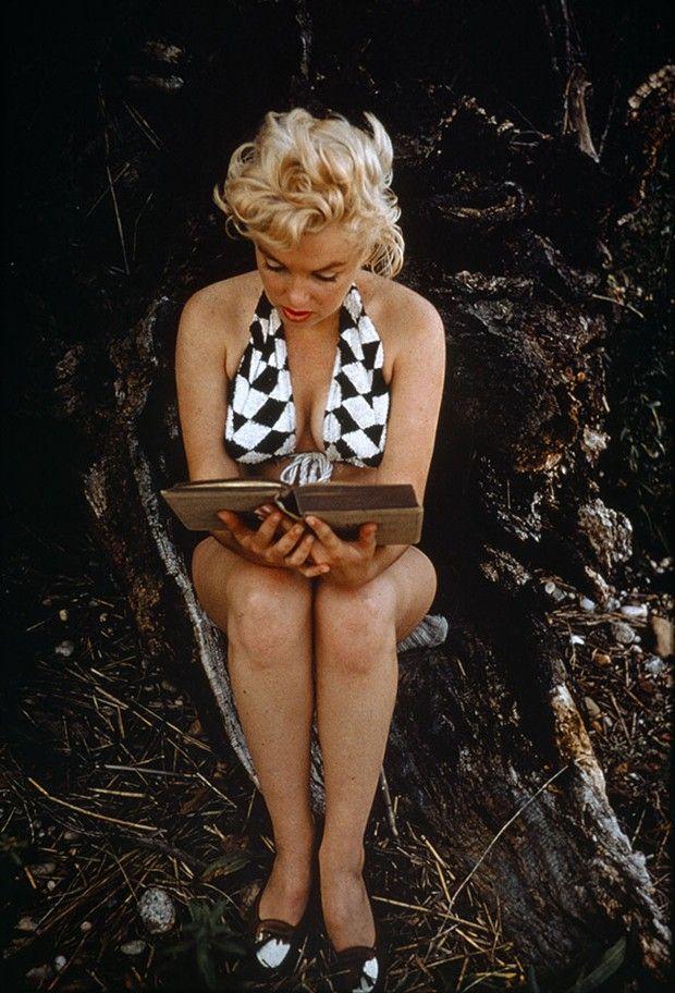 Autre personnage de roman : Marilyn Monroe. A Long Island, en 1955, lisant James Joyce.