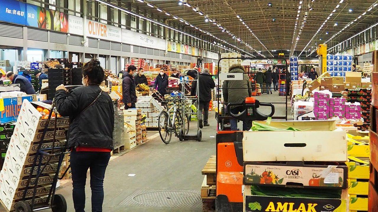 23.000 tonnes de fruits et légumes sont exportées chaque année vers le Royaume-Uni par le marché de Rungis.
