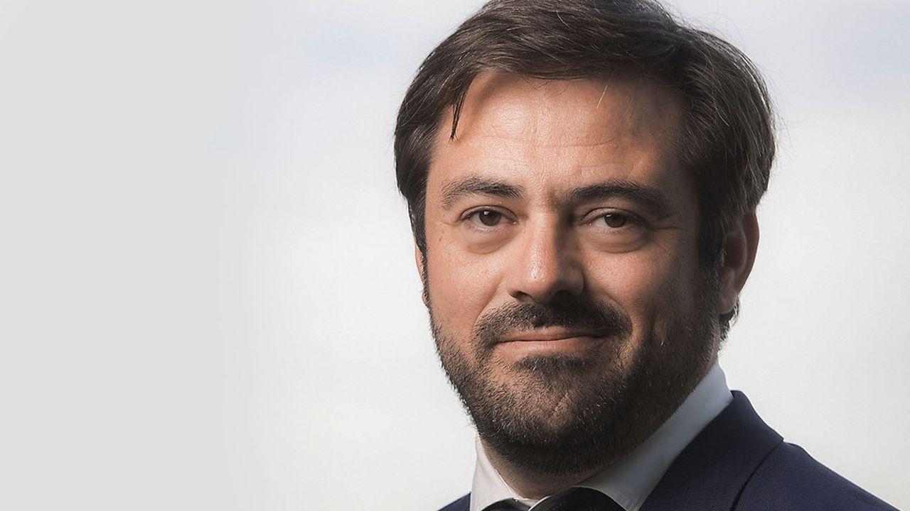 Enrique Martinez, directeur général du groupe FNAC Darty, mise sur les services.
