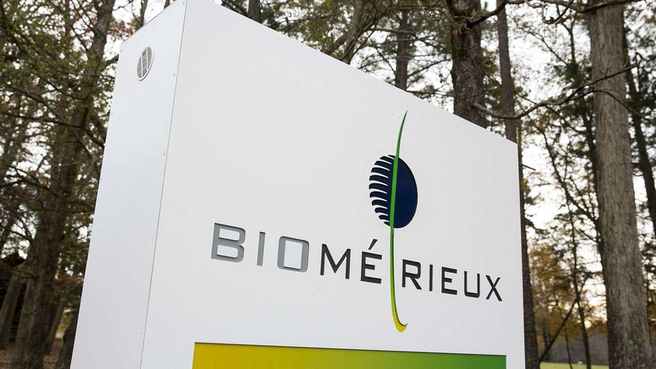 Le laboratoire BioMérieux, spécialiste des tests médicaux, a vu ses ventes tirées notamment par sa gamme de biologie moléculaire BioFire, capable de détecter 19 virus causant des infections respiratoires dont le SARS-CoV2.