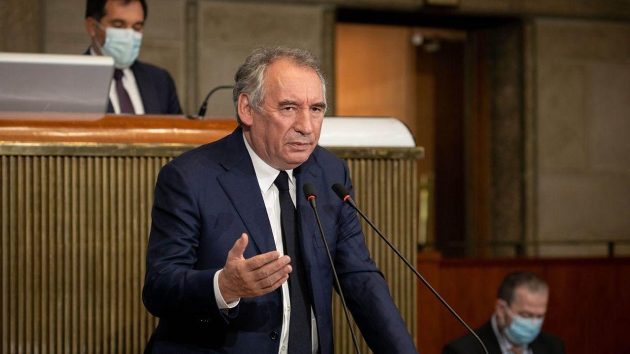 François Bayrou, haut-commissaire au Plan, a présenté ce mercredi son rapport sur la dette au Conseil économique, social et environnemental.