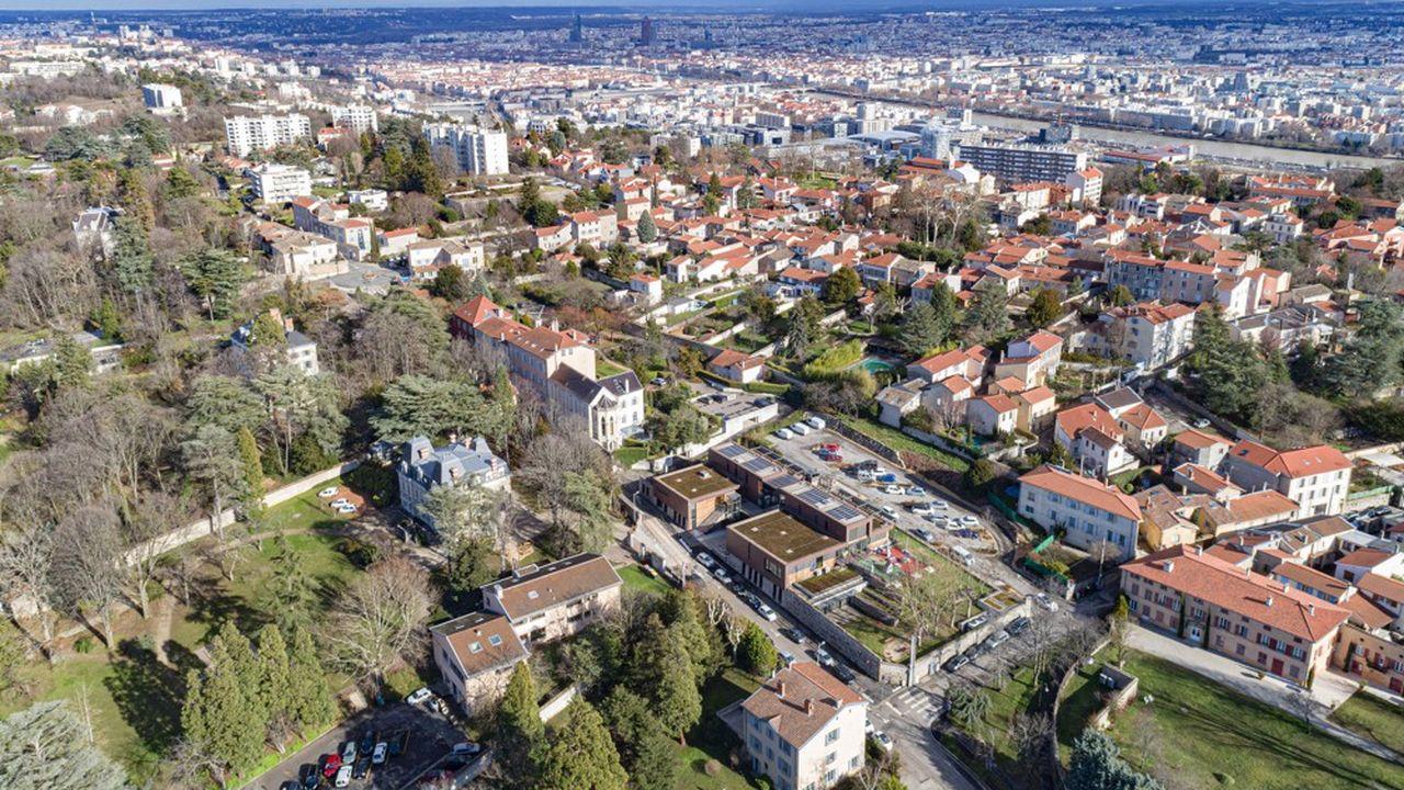 Le projet vise à relier Francheville et/ou Sainte-Foy-lès-Lyon, à l'ouest de Lyon, à la capitale des Gaules avec un téléphérique urbain.
