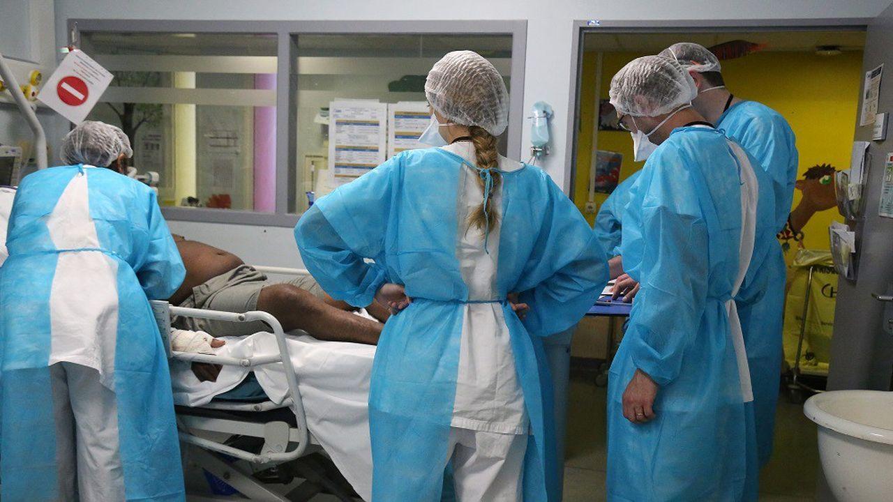 25.280 personnes étaient hospitalisées pour cause de Covid dimanche en France.