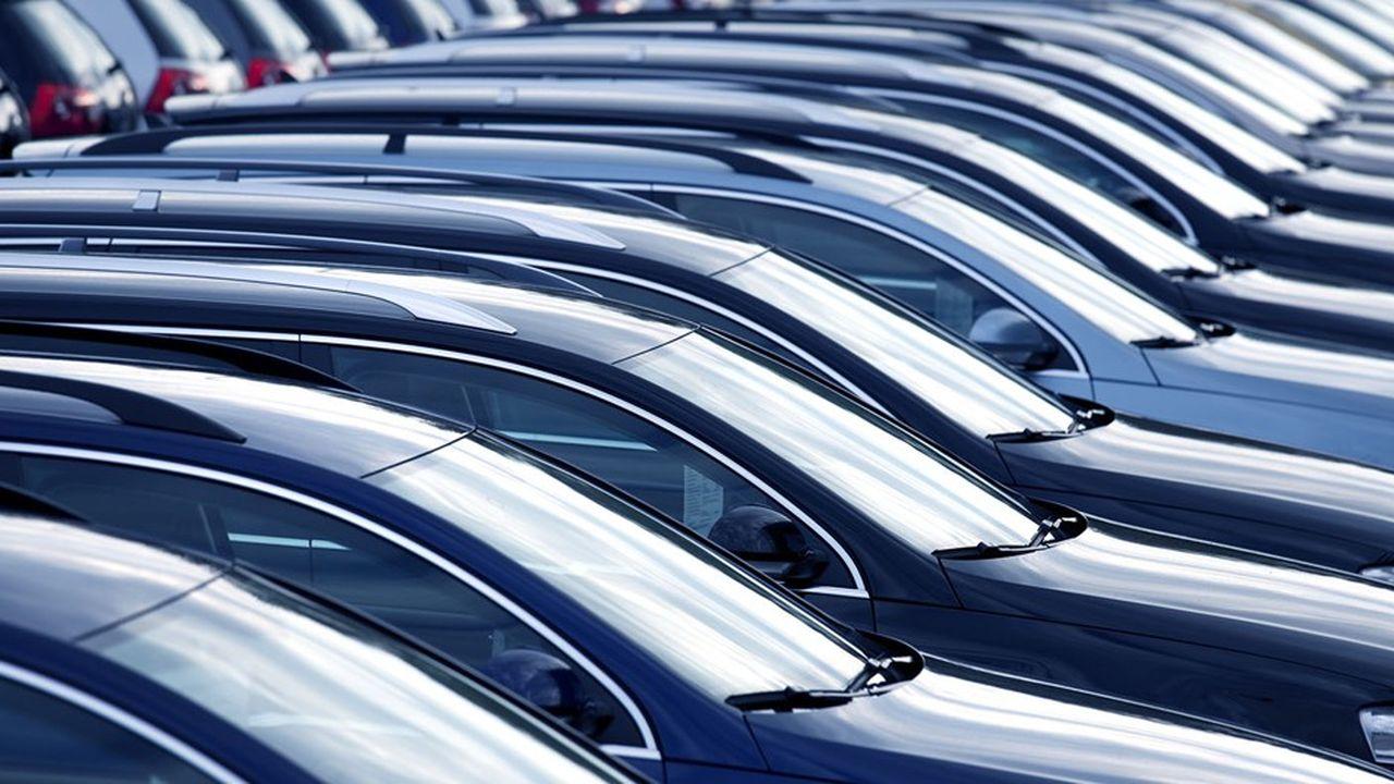 Ces chiffres portent les premiers stigmates de la pénurie de semi-conducteurs, qui affectent la production de l'ensemble du secteur.