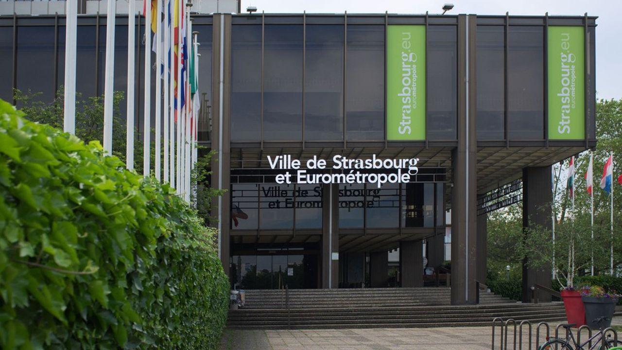Christian Mestre est également professeur de droit public à la faculté de droit de l'Université de Strasbourg.