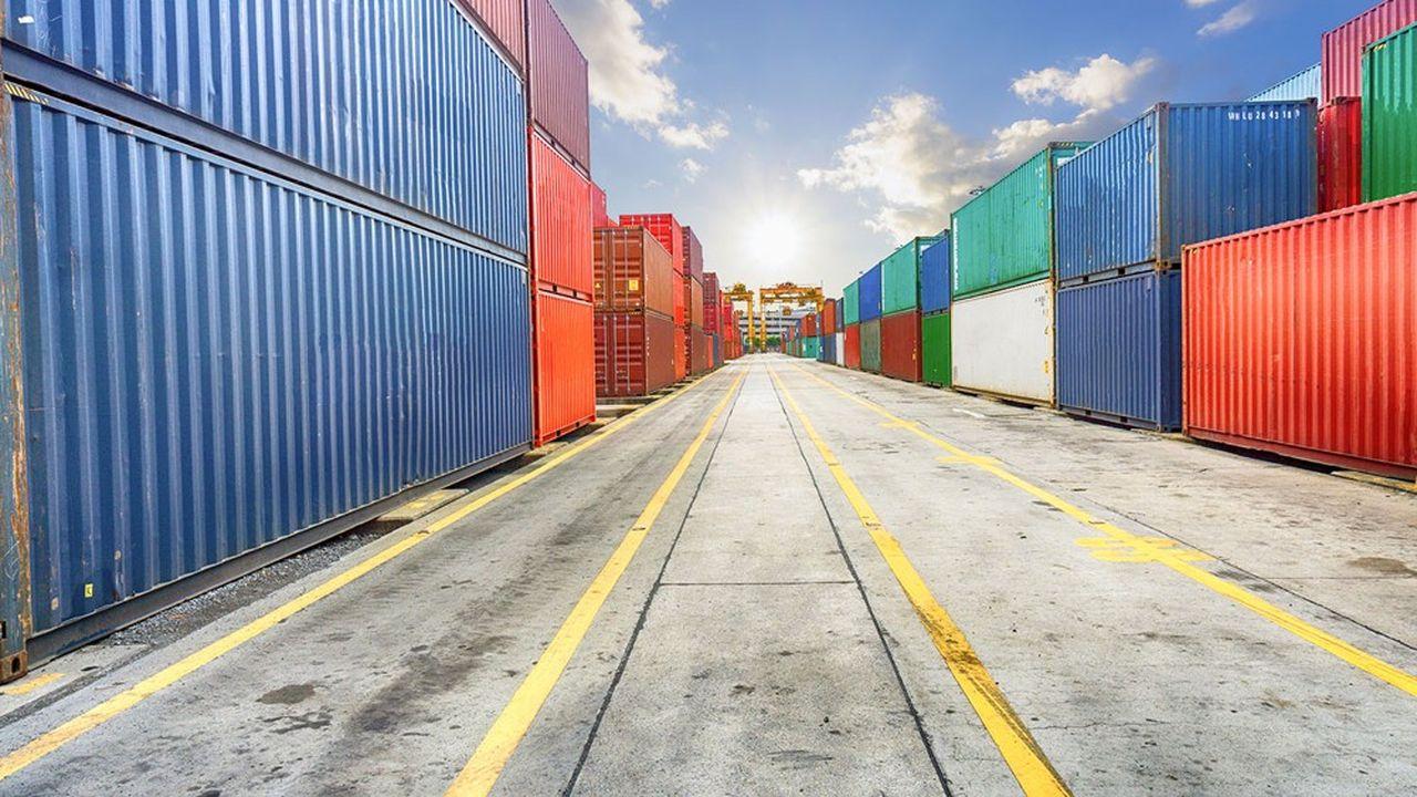 Le commerce mondial a cru deux fois plus vite que le PIB mondial entre les années 1980 à 2000, mais il ralentit spectaculairement depuis dix ans.