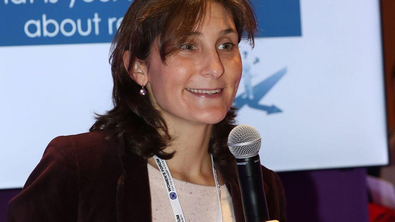 Amélie Oudea-Castéra passe de Carrefour à la direction du <b>tennis</b> français