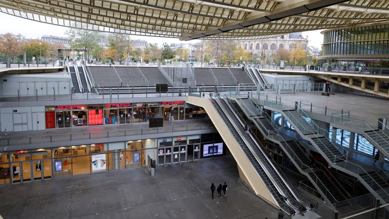 Comme Les Halles à Paris, les deux tiers des centres commerciaux français sont fermés administrativement.
