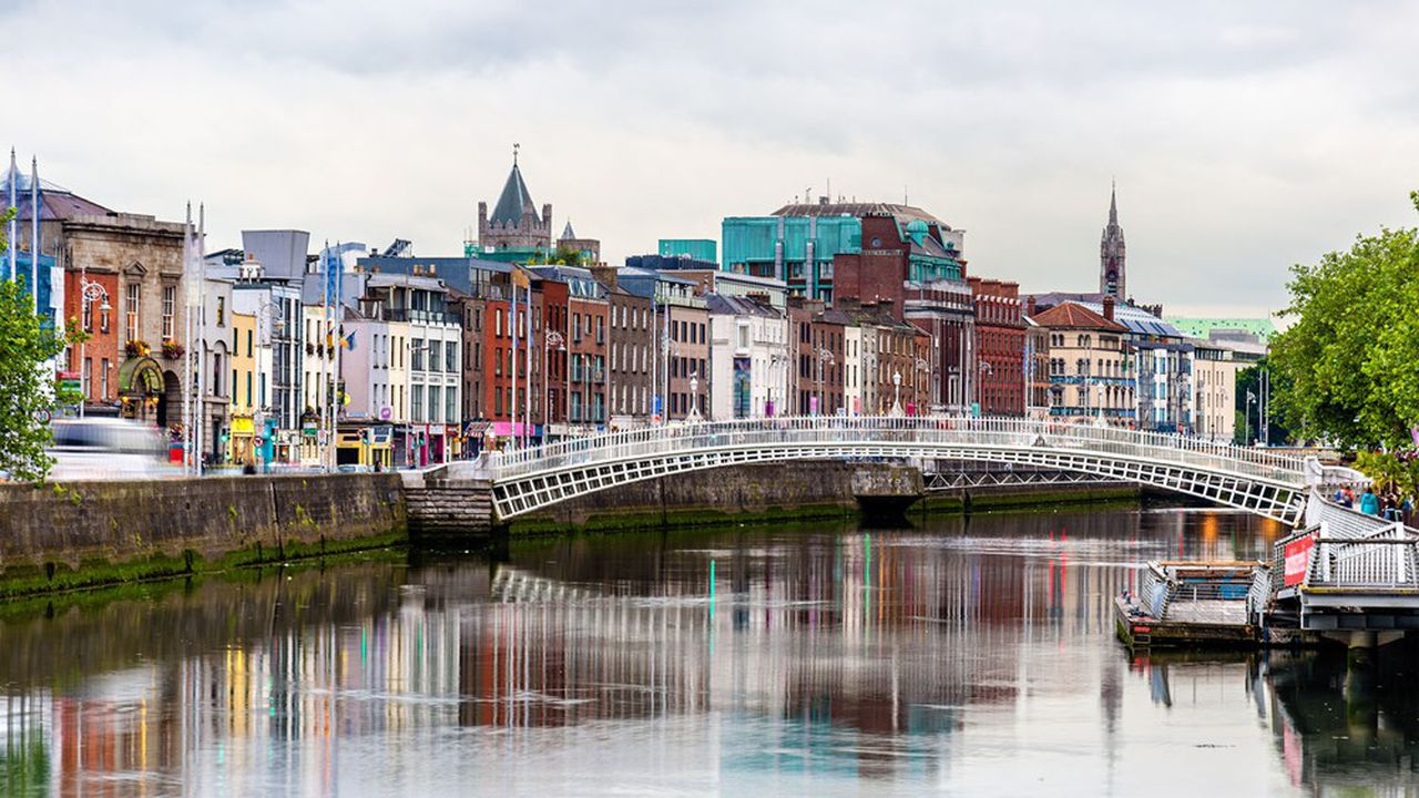 The Ha'penny Bridge à Dublin.