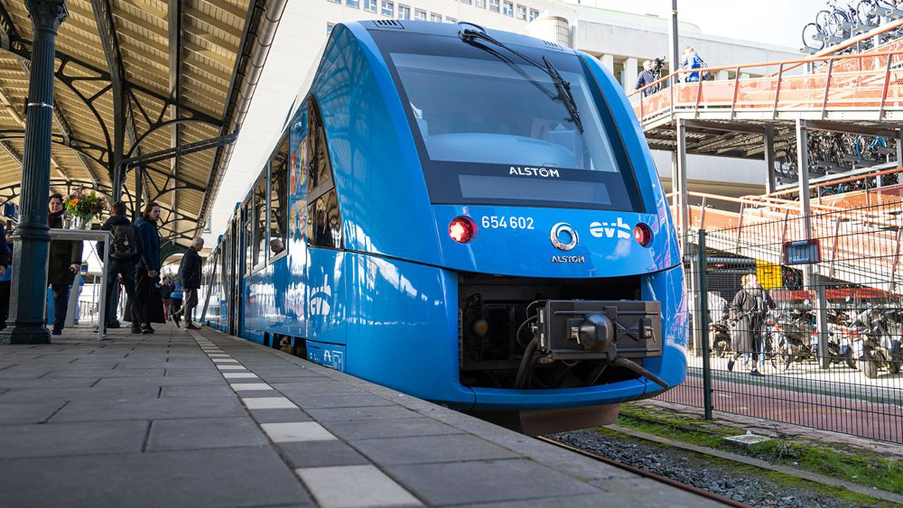Le premier train à hydrogène d'Alstom à Groningen.