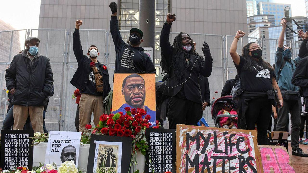 Mort de George Floyd : le procès du policier débute aux Etats-Unis