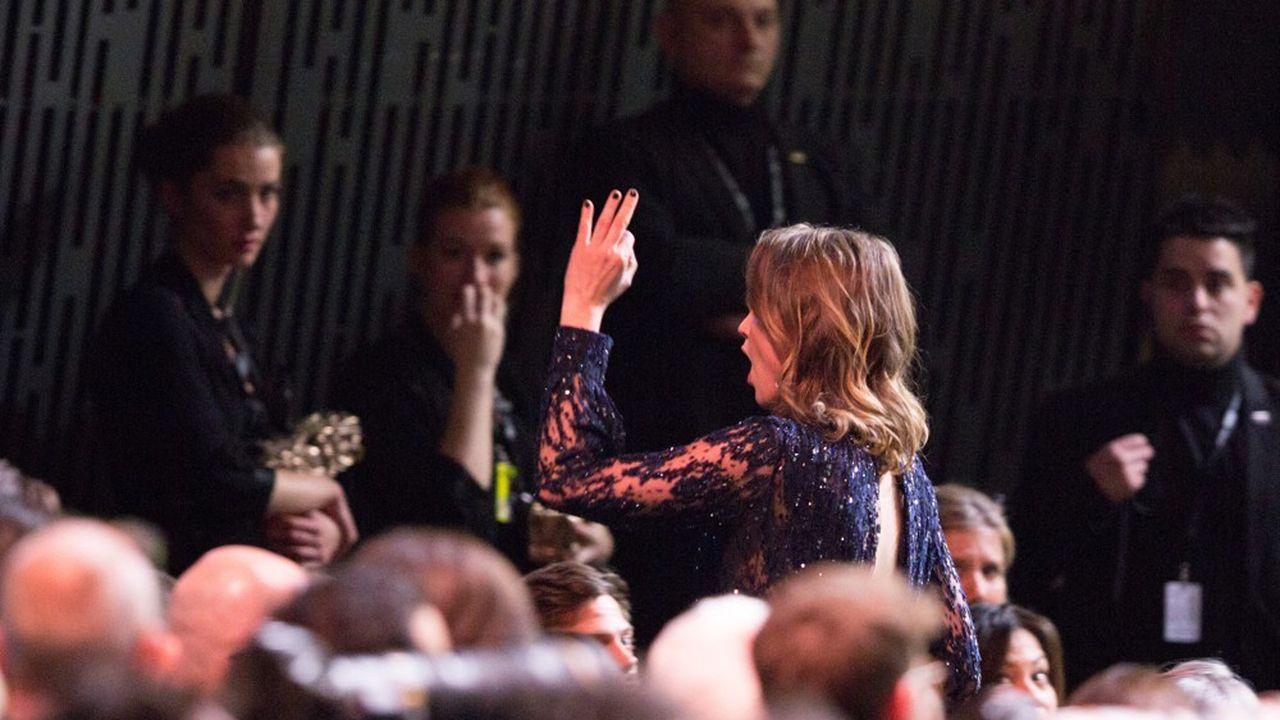 Adele Haenel, une actrice féministe engagée à travers ses choix de rôles et ses prises de position publiques. Ici, son départ au cours de la 45e cérémonie des César, en février 2020, consécutif à l'attribution du César de la meilleure réalisation à Roman Polanski, qui fait l'objet d'une affaire judiciaire et de plusieurs accusations de viols.