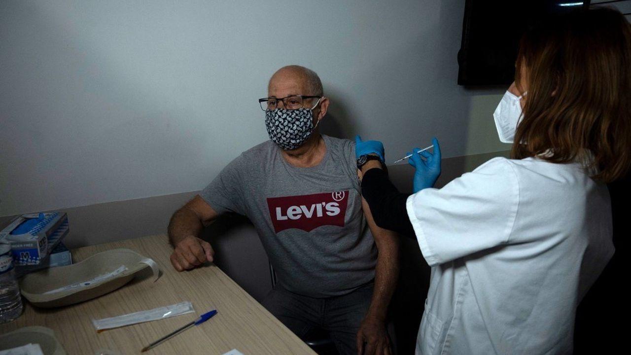 Depuis la fin décembre, plus de 5millions de Français ont reçu au moins une dose de vaccin anti-Covid.