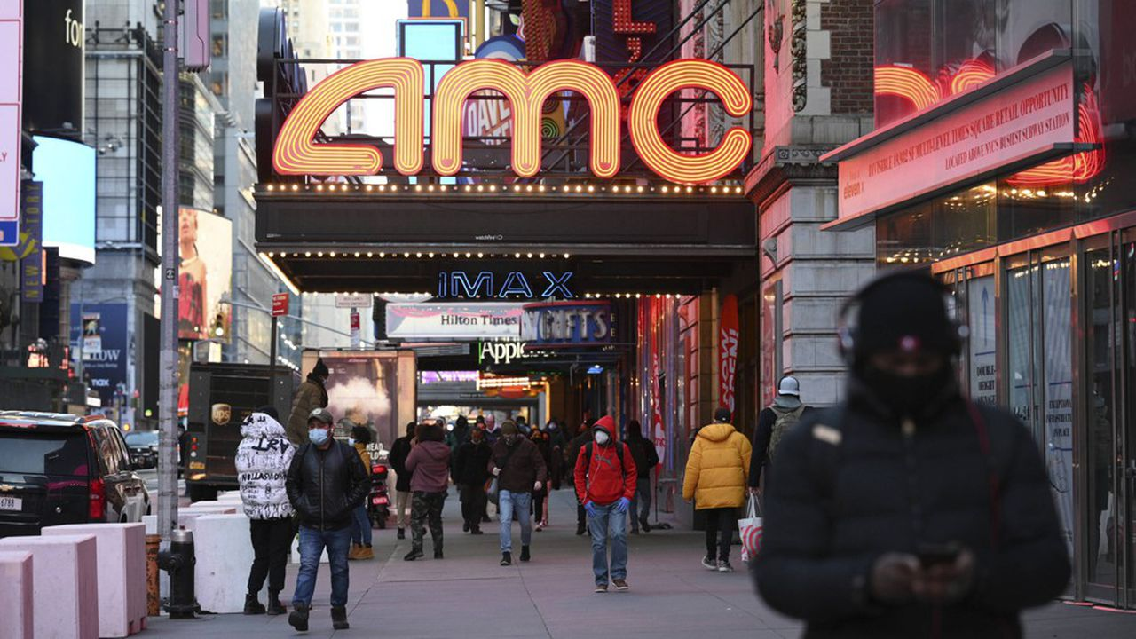 A New York, les capacités d'accueil des salles de cinéma sont limitées à 25% des salles avec un nombre de spectateurs plafonné à 50 personnes