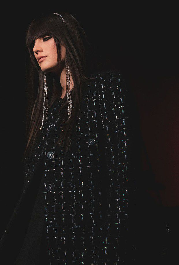 Chanel, automne-hiver 2021-22. Le noir en majesté.
