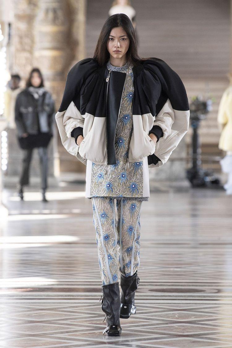 Louis Vuitton, automne-hiver 2021-22. Le confort des coupes.