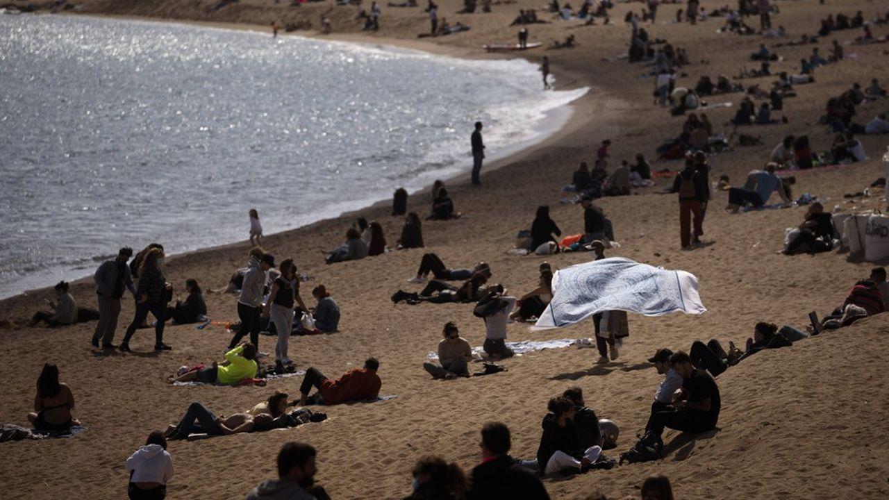 La plage de Barcelone, le dimanche 14mars.