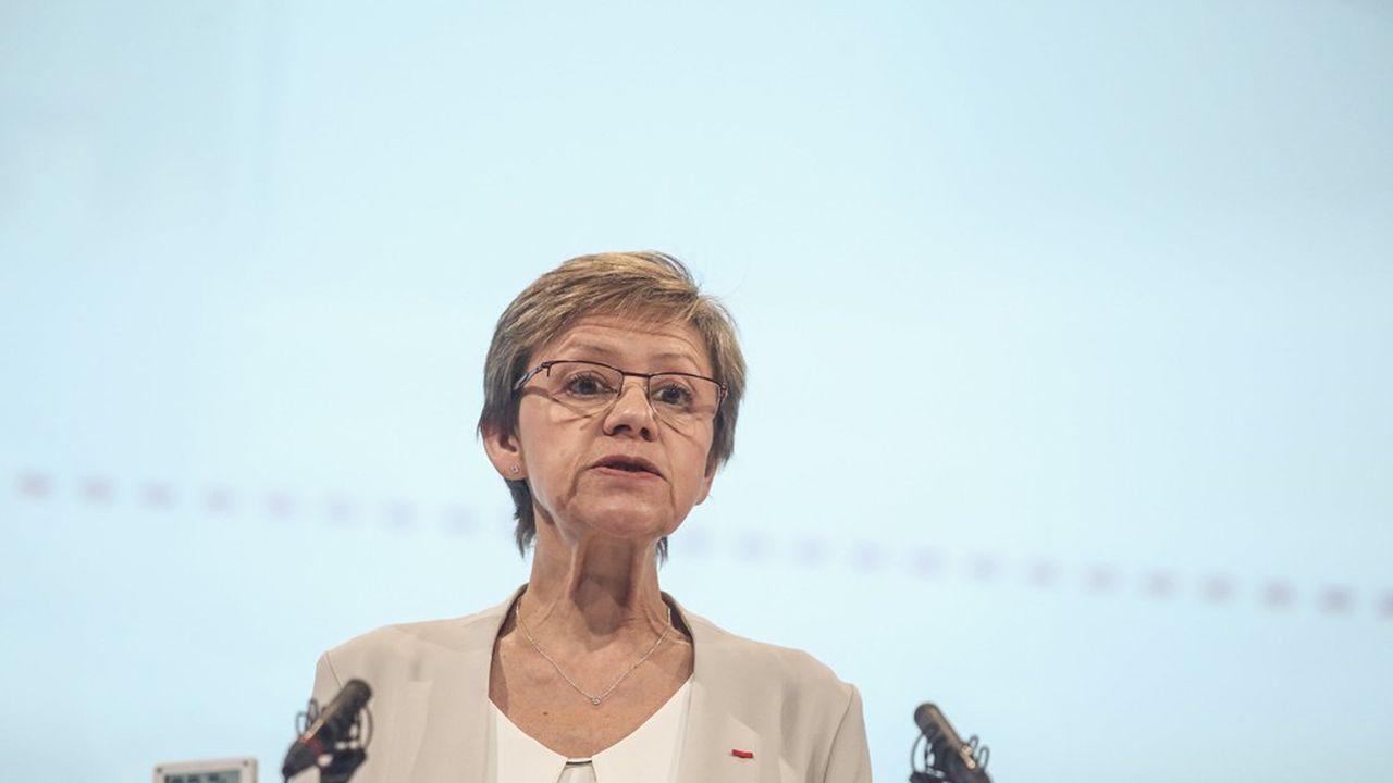 Fabienne Lecorvaisier, conserve la responsabilité du secrétariat général d'Air Liquide et prend, à compter du 1er juillet 2021, la responsabilité du développement durable, des affaires publiques et internationales ainsi que des programmes sociétaux.