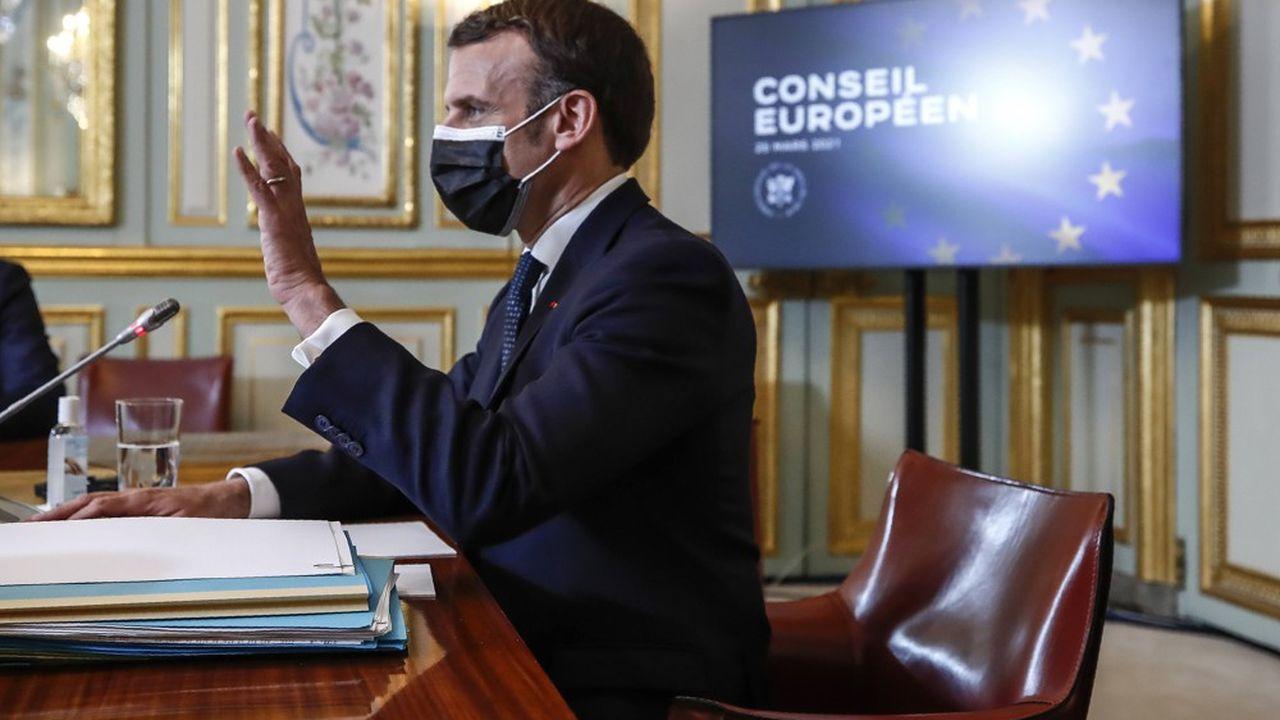 Emmanuel Macron a reconnu les insuffisances de l'Union européenne face à la pandémie. «Nous sommes trop lents, nous sommes trop complexes», a-t-il notamment déclaré.