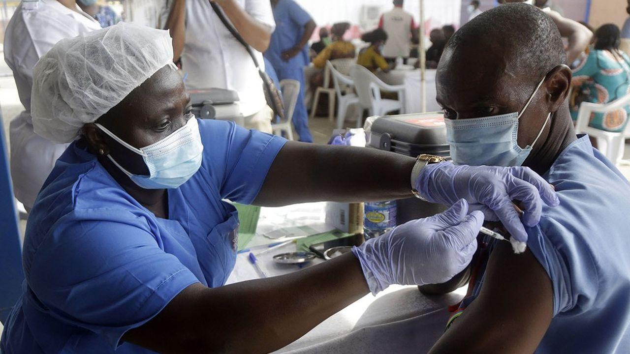 Beaucoup de retard a été pris dans la livraison de vaccins aux pays défavorisés, via le système Covax.