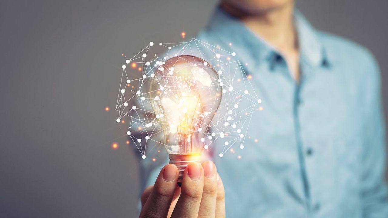 Transformer ne signifie pas uniquement numériser. En effet, «moderniser et digitaliser» s'impose pour 42% des sondés, alors qu'ils sont 71% à évoquer la nécessaire mise en place d'une culture favorisant l'innovation et l'agilité.