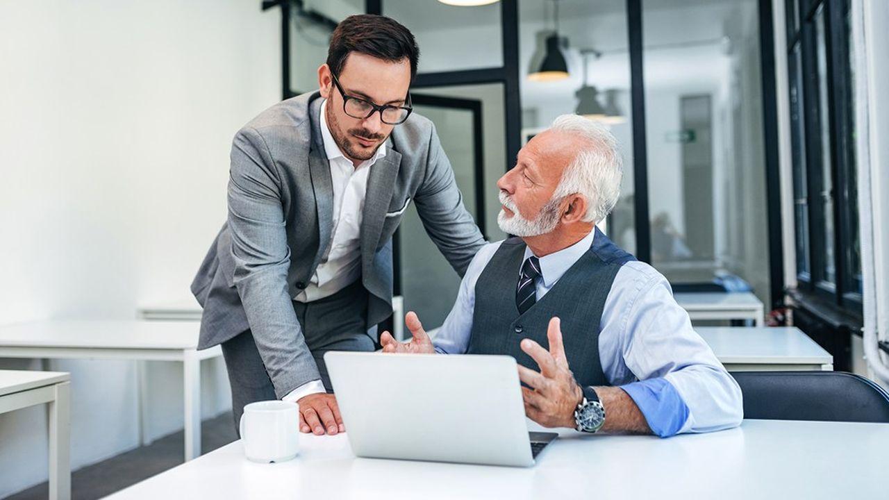 Le coût des seniors doit être mis en regard de leur efficacité, qui se diffuse dans l'entreprise grâce à la transmission des compétences.