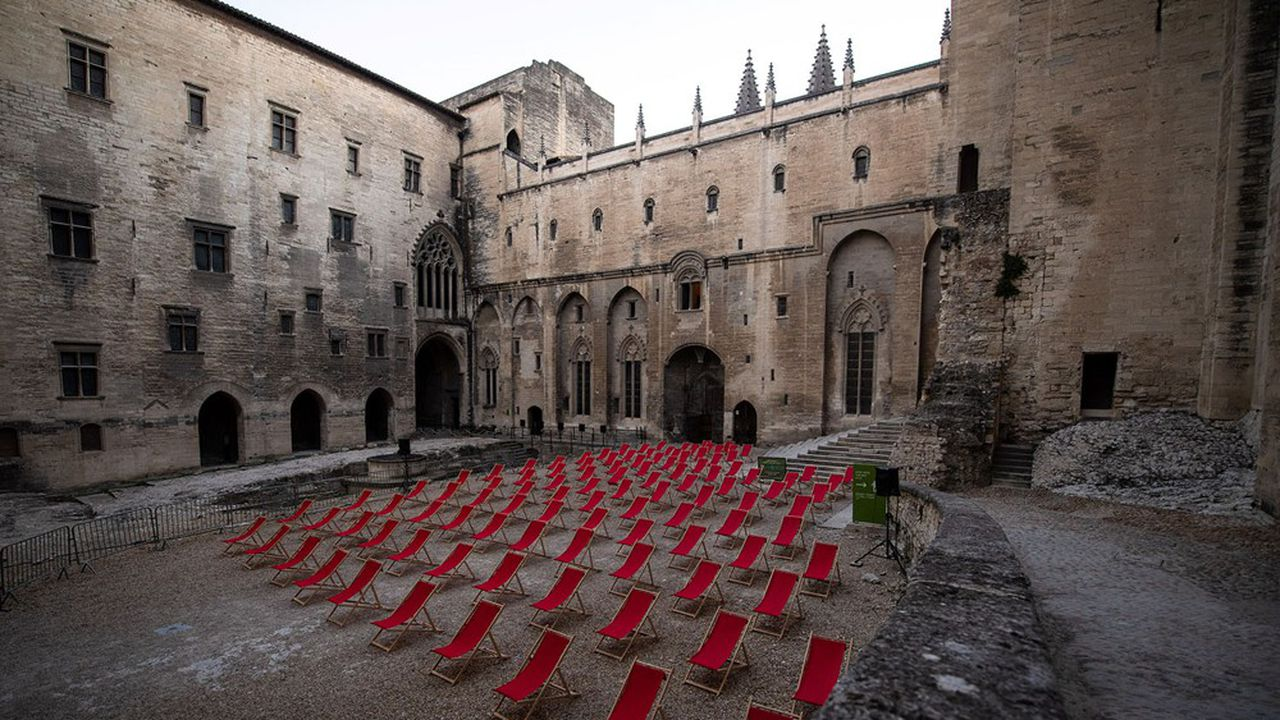 Quelle sera la jauge dans la Cour d'honneur du palais des Papes d'Avignon cette année, après l'annulation de 2020?