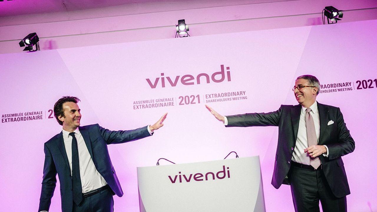 Paris, le 29mars 2021. Yannick Bolloré, président du conseil de surveillance, et Arnaud de Puyfontaine, président du directoire, lors de l'assemblée générale extraordinaire de Vivendi, à distance, depuis le siège de l'entreprise.