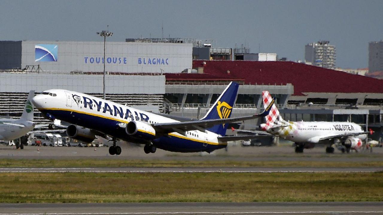 Fermée depuis octobre, la base de Ryanair à l'aéroport de Toulouse-Blagnac rouvrira en juin mais avec un seul avion au lieu de deux.