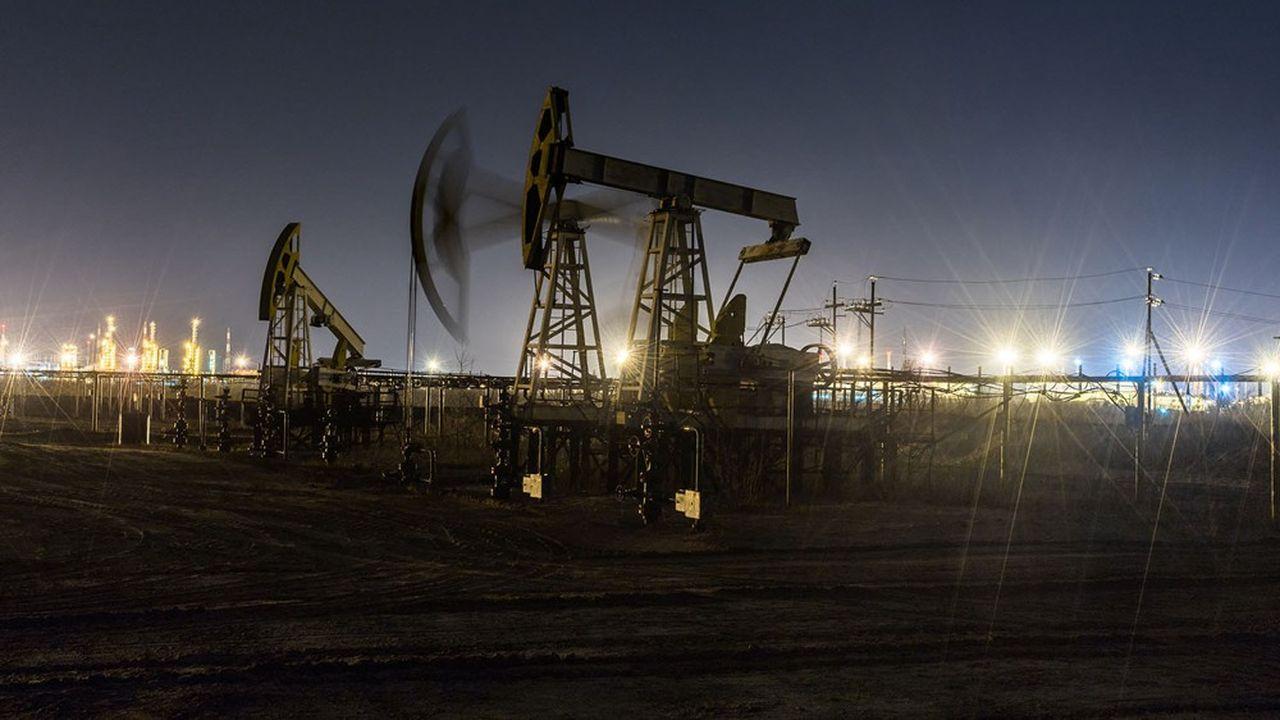 Les banques centrales tardent à engager des mesures monétaires et prudentielles nécessaires à la transition énergétique. Trop rares sont celles à chercher, par leurs politiques, à limiter les investissements dans les combustibles fossiles.