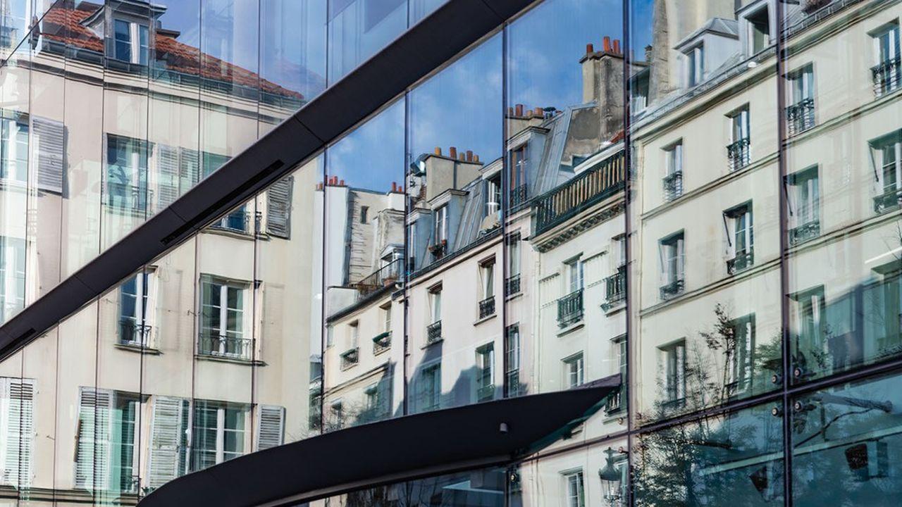 D'ici à la fin du mandat en cours, la municipalité parisienne estime possible de transformer de 700.000 à 800.000 mètres carrés de bureaux en logements. Soit deux fois plus qu'auparavant.