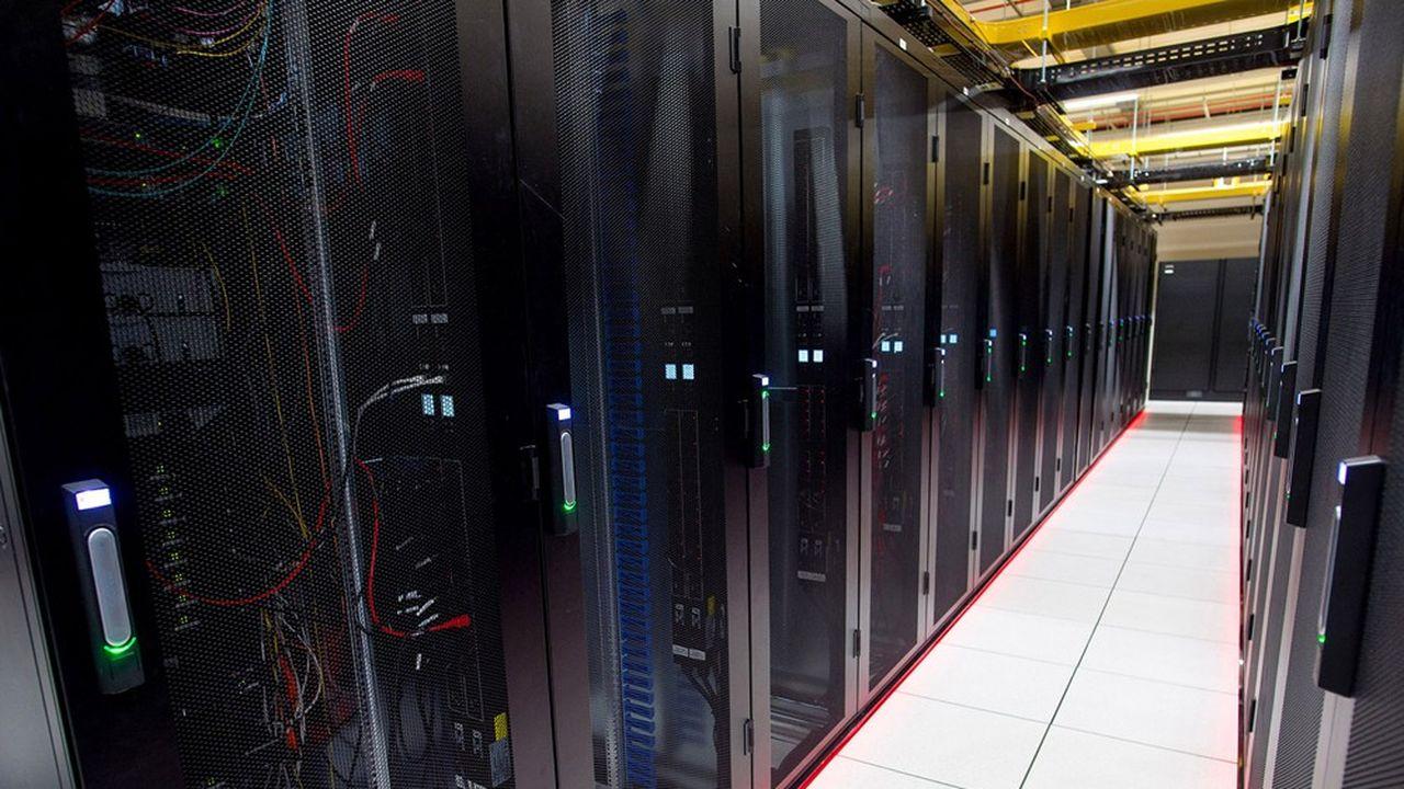 D'une surface de 3.000 mètrescarrés pour 6mégawatts de puissance électrique dédiés à l'alimentation de serveurs informatiques des champions américains du «cloud computing» et des entreprises, le data center bordelais d'Equinix sera moins imposant que les grands centres de données parisiens ou marseillais (plus de 10.000mètres carrés pour 20MW).