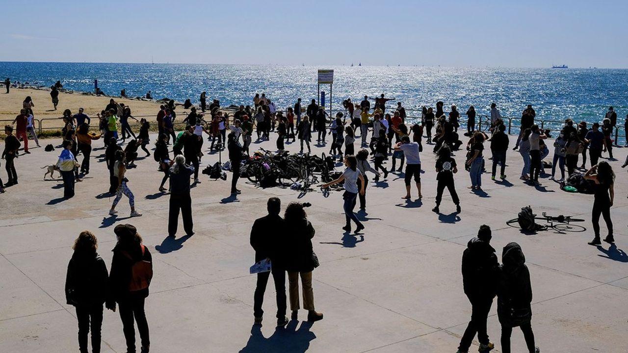 En Espagne, le gouvernement espère ouvrir la saison touristique avec une situation sanitaire sous contrôle.