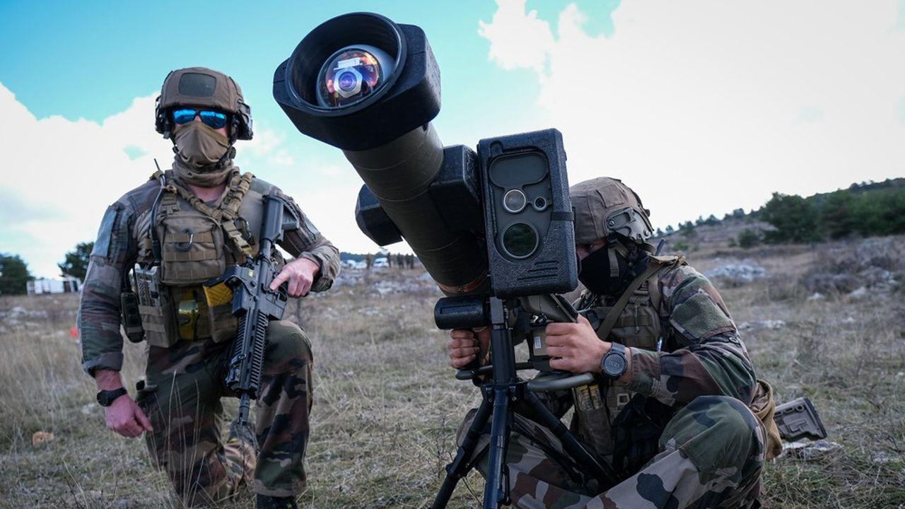 MBDA fournit à l'armée française toute la gamme de ses missiles, des nouveaux MMP (missiles à moyenne portée) aux missiles de croisière.