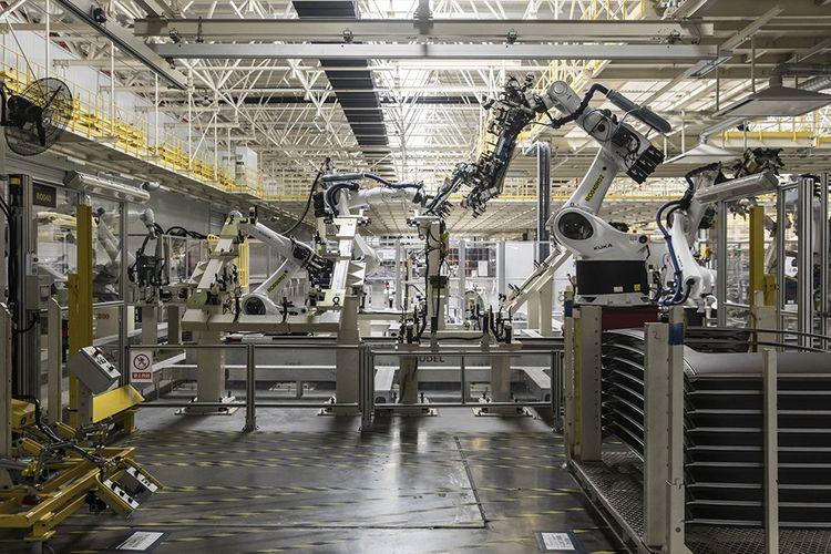 L'allemand Kuka, un des leaders mondiaux de la robotique, est passé sous pavillon chinois en 2016. (Ici, dans une usine de Geely Automobile dans la province de Zhejiang.)