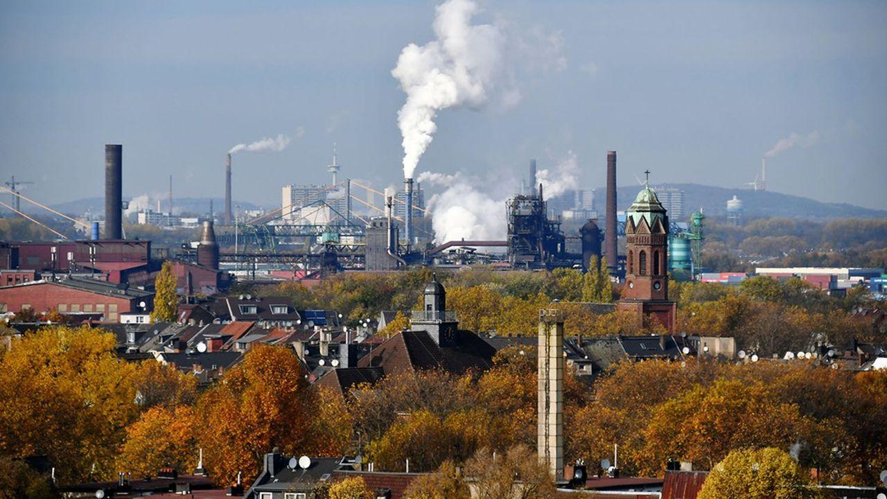 Une nouvelle taxe sur le CO2 introduite en janvier2021 vise entre autres les petites et moyennes installations polluantes qui ne sont pas concernées par le système européen d'échange de quota d'émission.