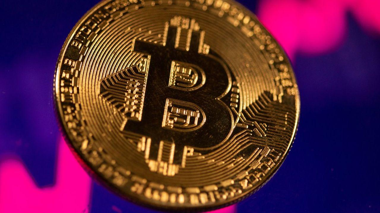 En doublant de valeur cette année, le bitcoin et les cryptos prolongent l'état de grâce de 2020